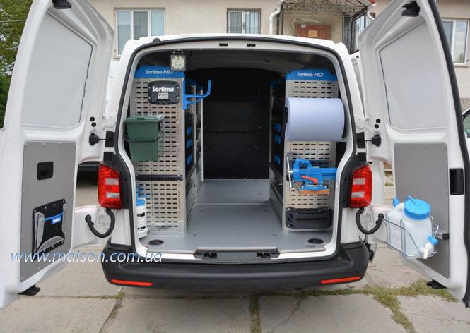 автомобільні меблі для пересувних бригад, автомобільні слелажі для пересувних служб сервісу
